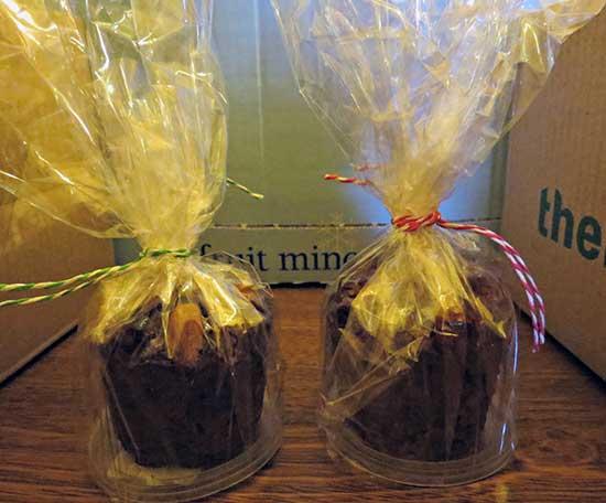 Shantell's-Xmas-Cakes-Close-Up